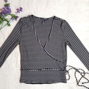 Forever 21 crop top long sleave size M.